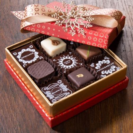 Coffret prestige - chocolats & pavés de légende - 23 pièces